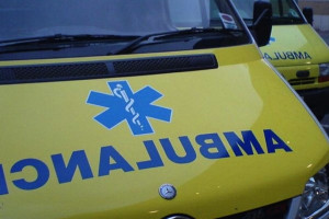 Ministerstwo Zdrowia każe malować karetki na żółto i zmieni mundury ratownikom