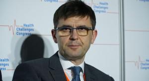 Prof. Kuchar: dla powstrzymania pandemii trzeba zaszczepić co najmniej 70 proc. społeczeństwa
