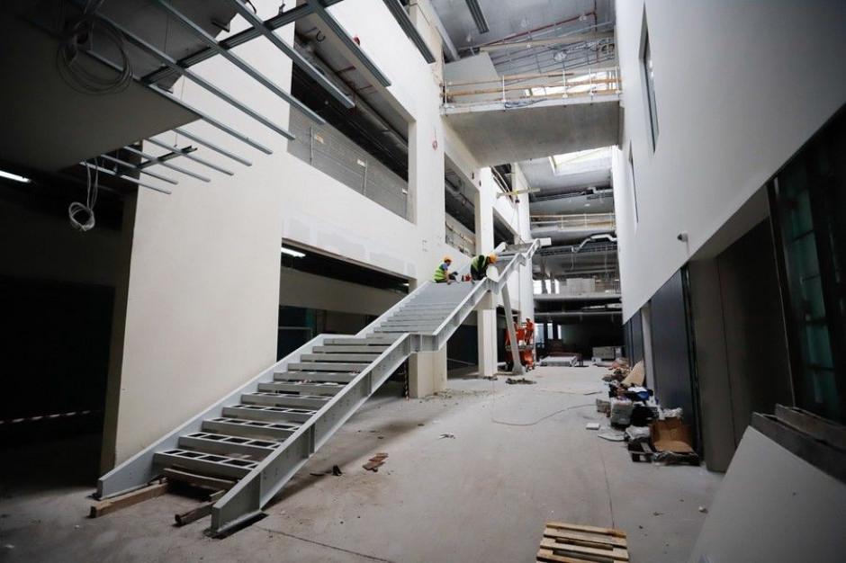 Toruń: rozbudowa szpitala na Bielanach na finiszu
