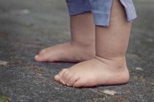 Białystok: ruszają bezpłatne badania dziecięcych stóp