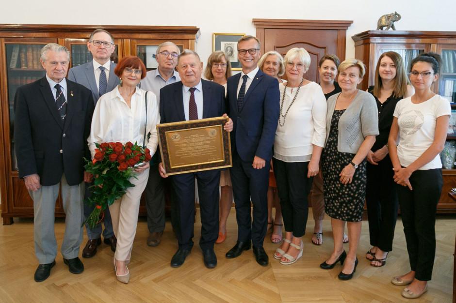 Warszawa: prof. Tadeusz Tołłoczko skończył 90 lat