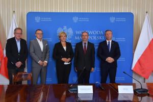 Ponad 1,2 mln zł dla na doposażenie zakładów radioterapii dla Małopolski i Podkarpacia