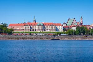 Do Wisły w Warszawie wpływają tony zanieczyszczeń po awarii kolektora. Co dalej?