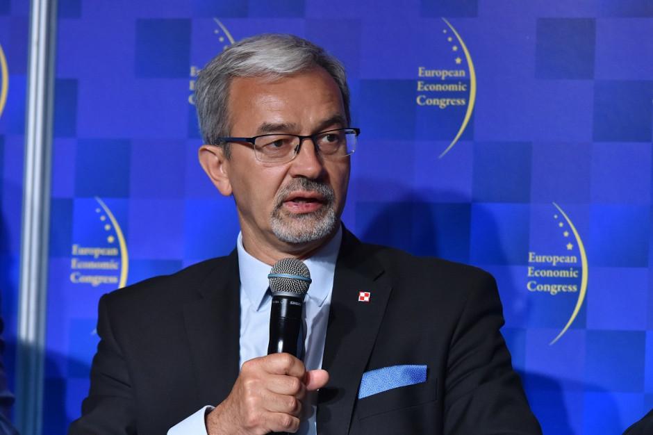 Minister finansów: sytuacja w placówkach służby zdrowia zależy od ich szefów