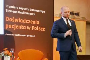 Raport: opiekę zdrowotną w Polsce bardzo pozytywnie ocenia... 2 proc. chorych
