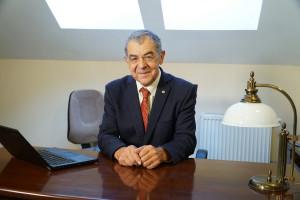 Prof. Czerwiński: osteoporozę ma w Polsce ok. 2,7 mln osób, leczonych jest jedynie 10 proc.