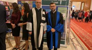 Bukareszt: prof. Maciej Banach z tytułem doktora honoris causa Uniwersytetu Medycyny i Farmacji