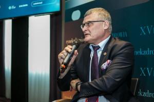 Dr Grzesiowski tłumaczy, kiedy można szczepić przeciw COVID-19 pacjentów z innymi chorobami