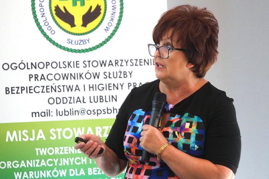 Lublin: eksperci o tym, jak chronić personel medyczny przed zakażeniami