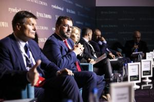 """XV Forum Rynku Zdrowia: sesja """"Szpitale i inne placówki medyczne w dobie dygitalizacji"""""""