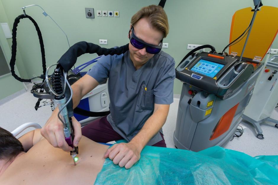 W Olsztynie o laserach wykorzystywanych w leczeniu dzieci