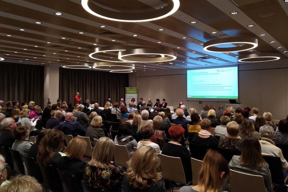 Warszawa: początek szerokiej debaty o systemie opieki długoterminowej