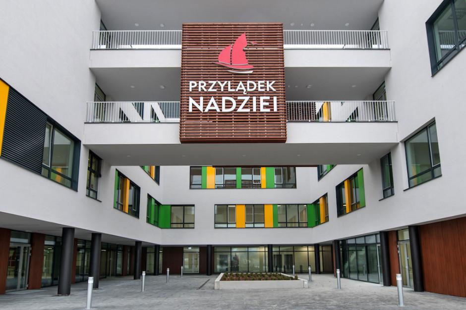 """Wrocław: Klinika """"Przylądek Nadziei"""" gotowa do leczenia terapią CAR-T"""