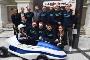 Warszawa: studenci zbudowali elektryczny bolid dla chłopca z dystrofią mięśniową