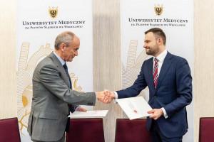 Wrocław: powstanie program studiów z zakresu niekomercyjnych badań klinicznych
