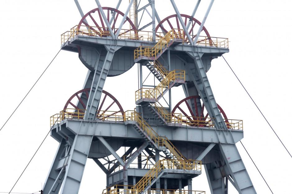 Górnictwo: 28 nowych zakażeń w JSW, w PGG – bez zmian; w obu spółkach od początku pandemii...