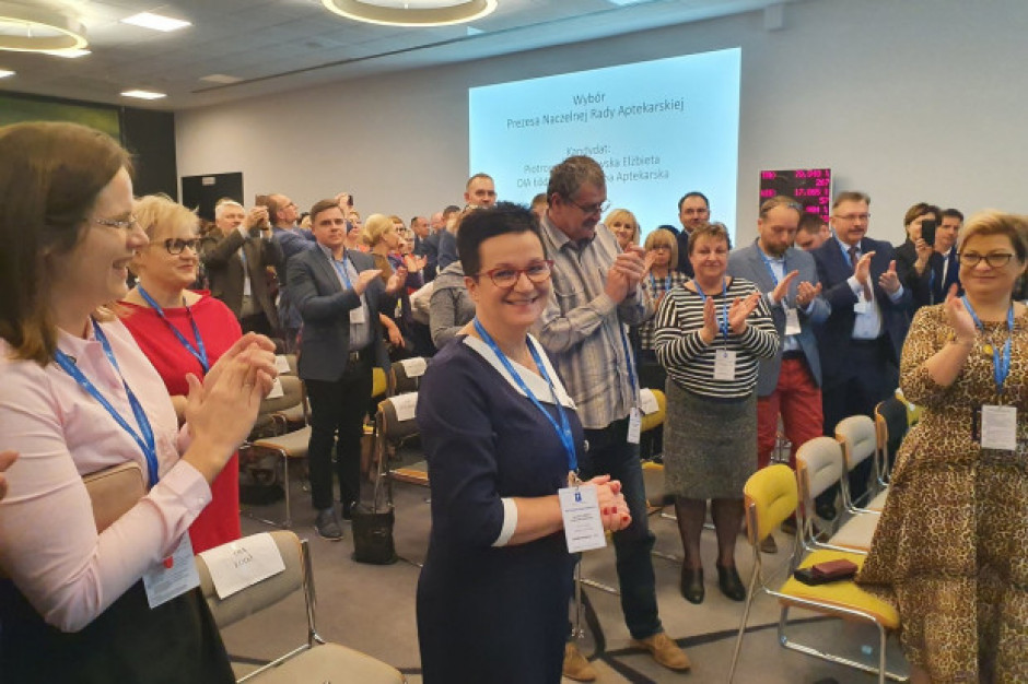 Elżbieta Piotrowska-Rutkowska ponownie na czele NRA. Co będzie ważne w nowej kadencji?