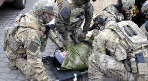 Zadania wojska w związku z epidemią - w MON trwa odprawa ministra z dowódcami