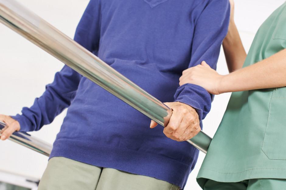 Wytyczne dla gabinetów fizjoterapeutycznych: obowiązkowe maseczki i dezynfekcja stanowisk