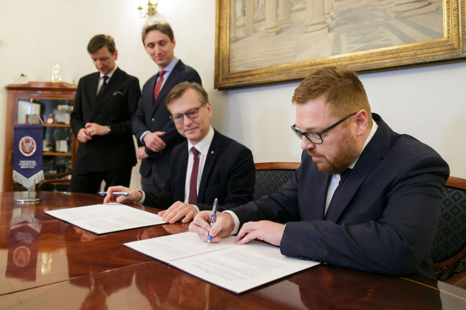 Rektor WUM i prezes FamiCordTx podpisali list intencyjny ws. rozwoju i wdrażania CAR-T