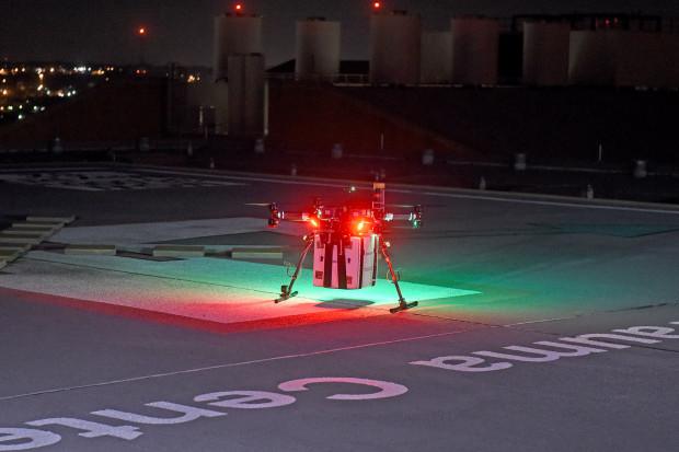 Ratunek przyjdzie z nieba, czyli jak spisują się drony w transporcie medycznym