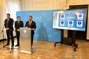 Szumowski: na onkologię wydajemy ponad 3 mld zł więcej niż w 2015 r.