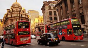 Wielka Brytania: duży wzrost liczby nowych zakażeń