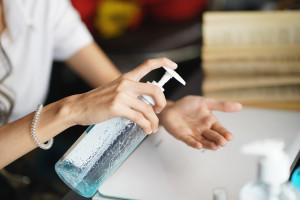 Badanie: dzięki pandemii koronawirusa łatwiej unikniemy grypy?