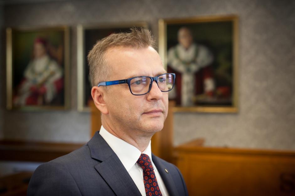 Koronawirus a zamknięcie kościołów: rektor WUM apeluje o natychmiastową decyzję