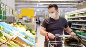 Związek pracodawców: według MZ sprzedawca może odmówić obsługi klienta bez maseczki
