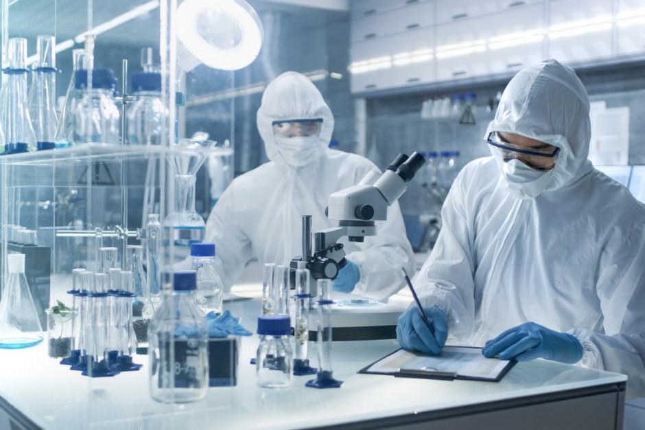 Australia: naukowcy poznali sposób, w jaki organizm walczy z koronawirusem