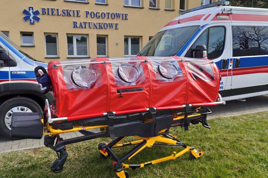 Bielsko-Biała: pogotowie z komorą bio-bag dla zakażonych koronawirusem
