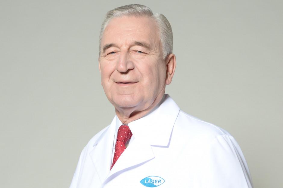 Prof. Szaflik: wirusem SARS-CoV-2 możemy zarazić się poprzez potarcie oka