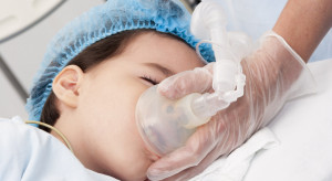 Krotoszyn: ośmiolatka zakażona koronawirusem tylko z objawami lekkiego kataru