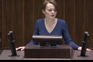 Emilewicz: tworzymy Fundusz COVID-19, pieniądze trafiądo najbardziej potrzebujących