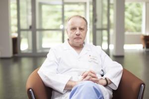 Prof. Witkowski: warto poszerzyć Krajową Sieć Kardiologiczną o leczenie osób ze stabilną chorobą wieńcową