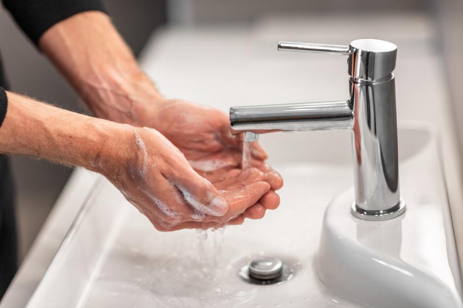 Eksperci: dbałość o higienę nadal ważna w zmaganiach z koronawirusem