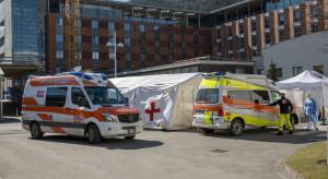 Włoszka, która omyłkowo dostała 6 dawek szczepionki wypisana ze szpitala