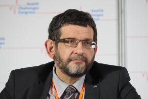 Dariusz Dziełak: wśród zakażonych koronawirusem personel medyczny stanowi 17 proc.