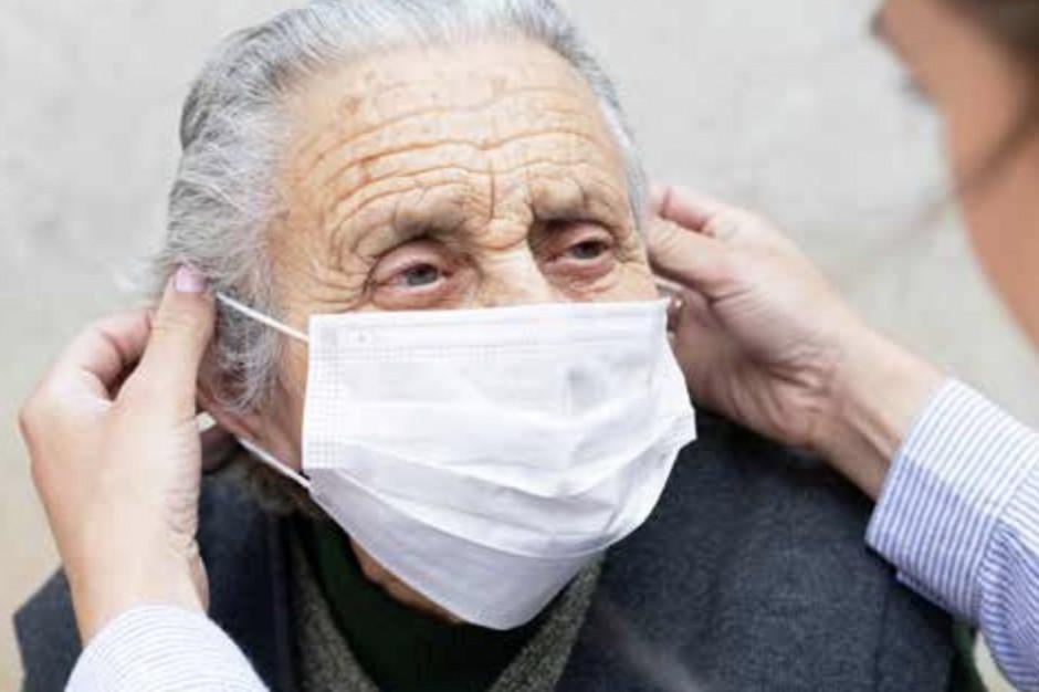Wlk. Brytania: po wybuchu epidemii domy opieki były pozostawione same sobie