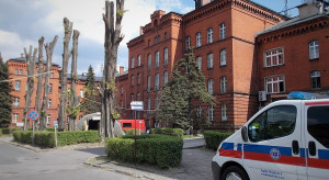 Ministerstwo Zdrowia: w związku koronawirusem w szpitalach przebywa ponad 2 tysiące osób