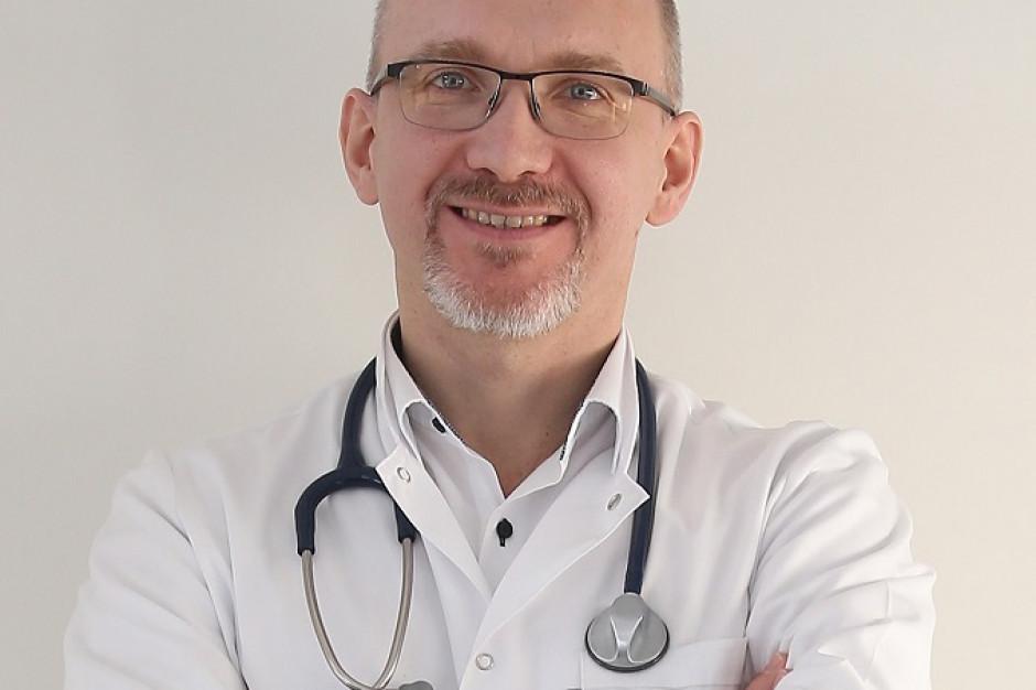 Dr Dąbrowiecki: ''Mam astmę, więc nie noszę maski'' - to nie jest argument