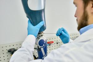 Chodzi o dopasowanie wyrobu do konkretnego pacjenta FOT. Shutterstock (zdjęcie ilustracyjne)