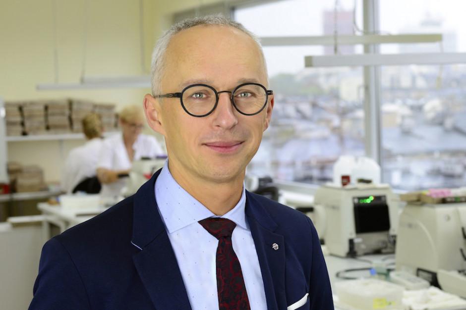 Prof. Marszałek: standardy akredytacyjne w patomorfologii oznaczają racjonalizację systemu