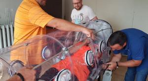 Zielona Góra: szpital otrzymał sprzęt do transportu chorych na COVID-19