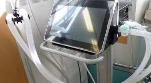 Przegląd wolnych łóżek covidowych i respiratorów w województwach