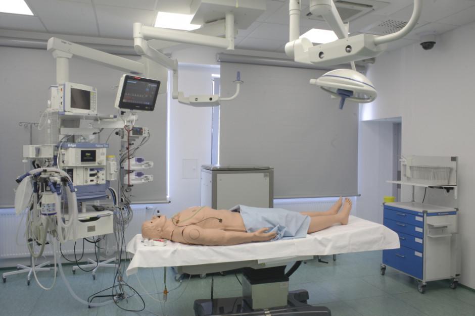 Studia medyczne w dobie COVID-19. Jak pogodzić bezpieczeństwo z jakością kształcenia?