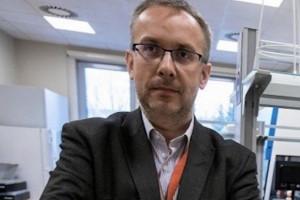 Prof. Książek: bardziej niż testów, ludzie boją się ograniczeń związnych z zakażeniem SARS-CoV-2