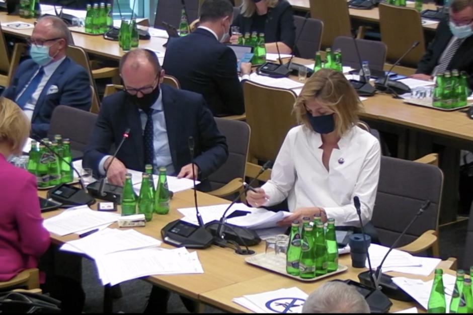 Sejmowa Komisja Zdrowia zakończyła prace nad projektem PiS w sprawie walki z epidemią