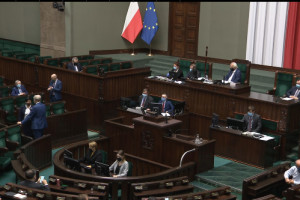 Sejm: PiS wnioskuje o przystąpienie do trzeciego czytania projektu ustawy dot. walki z epidemią